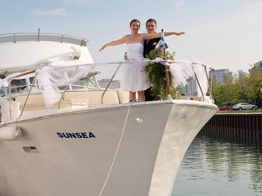 yacht charter wedding in Chicago